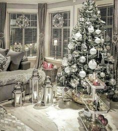 Give your Christmas home the elegant touch. Here are Elegant Christmas Home Decor ideas. These Christmas decors are simple, DIY Decors which you can do.