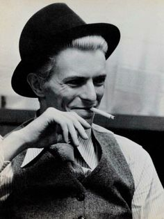 Bowie in a hat.