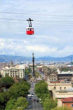 ¡Muévete por #Barcelona de una forma diferente! Súbete al #Teleférico de Montjuïc #avexperience