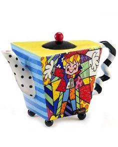 """Romero Britto """"The Hug"""" Teapot BRITTO,http://www.amazon.com/dp/B00HDL5ECS/ref=cm_sw_r_pi_dp_ftk.sb11WERAAQ20"""
