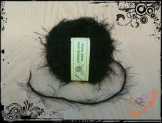 Filato effetto pelliccia, 50 grammi, nero  di Fancy yarns su DaWanda.com