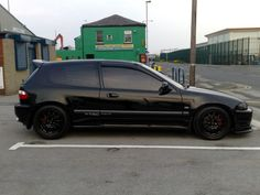 Honda Civic EG tinted Black Honda Civic, Honda Civic Vtec, Civic Jdm, Honda Crx, Honda Civic Type R, Street Racing Cars, Honda Civic Hatchback, Old School Cars, Japan Cars