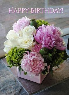 Flowers Roses Bouquet Birthday Floral Arrangements 52 Ideas For 2019 Beautiful Flower Arrangements, Fresh Flowers, Silk Flowers, Spring Flowers, Beautiful Flowers, Peony Flower Arrangements, White Floral Arrangements, Arrangements Ikebana, Table Arrangements