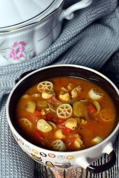 Polish Recipes, Tortellini, Wok, Mayonnaise, Stew, Chili, Curry, Food And Drink, Salad