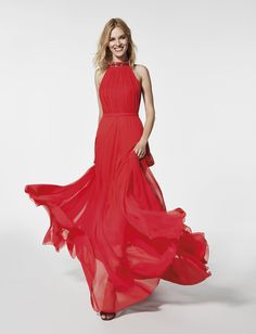What to Wear to a Cocktail Party with Pronovias | red flamenco-inspired cocktail dress to wear to a wedding
