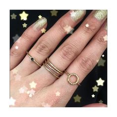 It's almost disco time 🌟 We're going for gold and glitter with out Fur & Claw stacking rings ✨ Available now from www.humphreybutler.com ✨ #bearbrooksbankloves #BBxHB #furandclaw #madeinlondon #blackdiamond #blackdiamonds  #contemporaryjewelry #contemporaryjewellery #stackingrings #goldring #glitterbaby #glitternails #glitterbaby