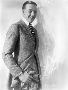 Wallace Reid portrait card with a different signature style