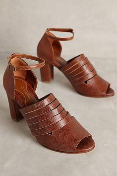 214e609f099f Luiza Perea Maceio Heels