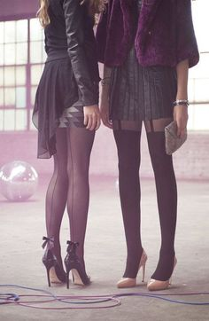 Black Back Seam Bow Tights