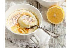 """今回見つけたのは、初冬の今にぴったりな""""うまそなレシピ""""です。 温かいレモンのプリンケーキで、ほっこりティータイムはいかがでしょうか。ドリンクのオススメは、ホットのアールグレイティー。 冬がうれしくなる、優しい味です。 【材料】 ・室温に戻したバター(大さじ2) ・砂糖(1カップ) ・卵(L3個分) ・すりおろしたレモ..."""
