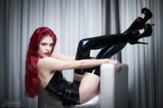 Redhead LizzyMeow in latex Gorgeous Redhead, Stockings Heels, Girls Heels, Girls Gallery, Latex Girls, Latex Fashion, Skin Tight, Girls Wear, Redheads