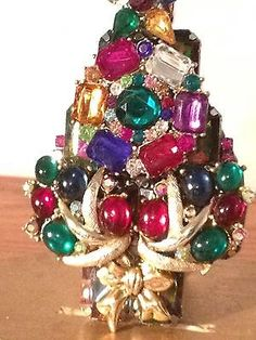Vintage Rhinestone Christmas Tree Pin :  COLORFUL Beauty Signed LaHeir