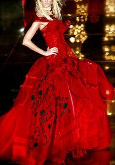 Dior  via: chiffon et ribbons