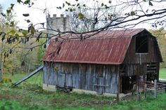 Old Country Barns   An old barn on a country road   COUNTRY BARNS &More