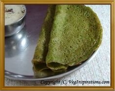 Keerai Oat Dosai ~ Palak Oats Dosa ~ Savory Indian crepes with spinach and oats Fall Recipes, Indian Food Recipes, Vegetarian Recipes, Healthy Recipes, Ethnic Recipes, Health Breakfast, Breakfast Recipes, Oats Dosa, Savory Crepes