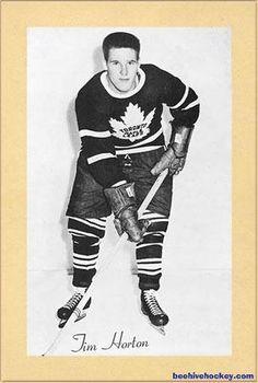 #Hockey #Maple_Leafs @n17dg Canadian People, I Am Canadian, Blackhawks Hockey, Chicago Blackhawks, Maple Leafs Hockey, City Quotes, Tim Hortons, Hockey Cards, Toronto Maple Leafs