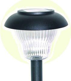 Садовый светильник на солнечных батареях Космос Беспроводной светодиодный прибор. Используется для местного освещения и выделения в темноте отдельных участков и предметов.
