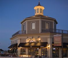 Alma Nove--the best outside dining in town?