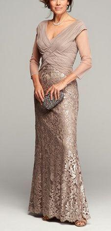 Fichamos algunas ideas en vestidos de fiesta para mujeres maduras sofisticadas.
