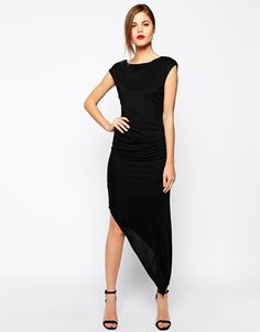 This black dress is today's top pick. I'm a huge fan of the asymmetric hem. The dress is classic, elegant and stylish. Find it here: http://asos.to/U43bYd
