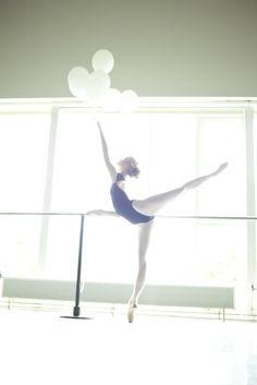 editorial: Fragile ballerina