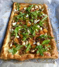 De lekkerste hartige recepten met bladerdeeg High Tea, Vegetable Pizza, Vegetarian Recipes, Veggies, Snacks, Quiches, Tapas, Drinks, Kitchen