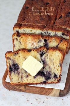 Blueberry English Muffin Toaster Bread by Cinnamon Spice and Everything Nice Blueberry English Muffin, English Muffin Bread, English Muffins, Muffin Recipes, Bread Recipes, Breakfast Recipes, Cooking Recipes, Breakfast Toast, Sweet Breakfast