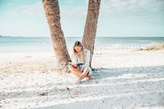 book reading on the beach Start Living Your Best Life - Blogi | Lily.fi