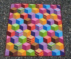 Tumbling Blocks Handmade Patchwork Baby Quilt por PippaQuilts