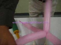 how to make a balloon fish - The video is not in English but shows how to make them step-by-step... Soooo Cute!!!