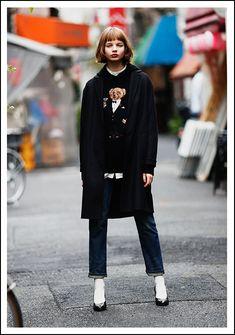 Fashion Art, Girl Fashion, Womens Fashion, Casual Street Style, Girl Model, Street Snap, Normcore, Stylish, Lady