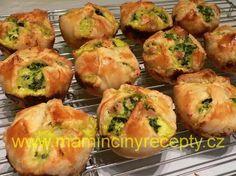 Špenátové košíčky Bread And Pastries, Baked Potato, Catering, Brunch, Food And Drink, Appetizers, Pizza, Paleo, Healthy Recipes