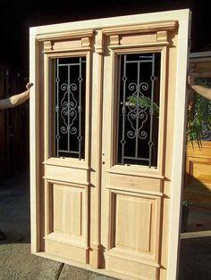 Puertas Window Grill Design, Classic Doors, Double Front Doors, Door Design Interior, Antique Doors, Main Door, Mirror Cabinets, Living Styles, Wood Doors