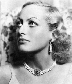 Joan Crawford fotografiada por George Hurrell, 1932