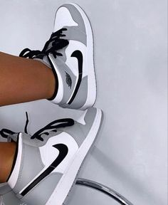 Nike Fashion, Sneakers Fashion, Fashion Shoes, Sneakers Nike, Jordan 1 Gray, Jordan 1 Mid, Jordan Retro, Jordan Shoes Girls, Jordan Outfits