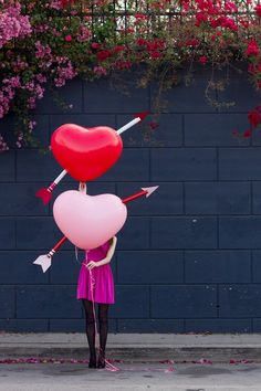 Create your own cupid's arrow #DIY (via Studio DIY)