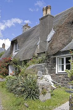 Thatched cottages at Cadgwith Cove in Cornwall