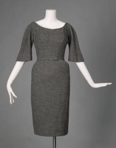 Day Dress, Charles James Samuel Winston Inc., New York: wool crepe. Let's all talk about how good I'd look in this dress! Charles James, Vintage Fashion 1950s, Vintage Mode, Edwardian Fashion, Vintage Style, 1950s Style, Vintage Outfits, Vintage Dresses, Day Dresses