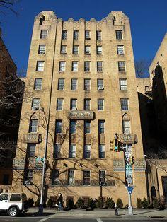 Park Plaza Art Deco Apartments, 1005 Jerome Avenue, Highbridge, Bronx. NYC. Built 1929-1931. National Register of Historic Places, added 1982.