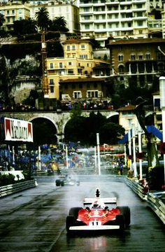 #11 Clay Regazzoni...Scuderia Ferrari SpA SEFAC...Ferrari 312T...Motor Ferrari 015 F12 3.0...GP Monaco 1975