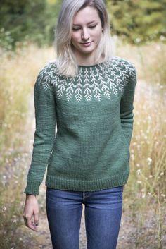 Ravelry: Fern & Feather pattern by Jennifer Steingass