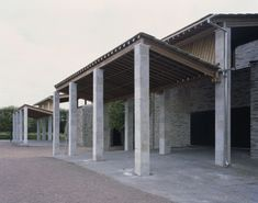 Johan Celsing arkitektkontor have been in charge of the reconstruction work of the canopies outside the chapels of St Knut and St Gertrud at the Eastern Cemetery in Malmö. Originally designed by Sigurd Lewerentz and built in 1943, the canopies which...