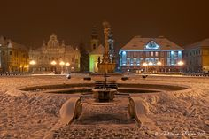 pretty Winter Night, Mansions, Photo And Video, House Styles, World, Manor Houses, Villas, Mansion, The World