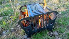 Made up a cool firepit video for our firepit sale currently going on. Welding Art Projects, Wood Shop Projects, Metal Art Projects, Diy Welding, Cool Fire Pits, Diy Fire Pit, Parrilla Exterior, Fire Pit Gallery, Steampunk Furniture