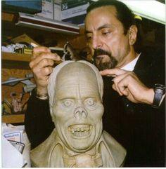 Tom Savini sculpting Erik, the Phantom. Special Effects Makeup Artist, Tom Savini, Makeup Masters, Practical Effects, Movie Makeup, Horror Makeup, Man Crush Monday, Famous Monsters, Danse Macabre