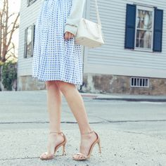 Spring prints: http://www.stylemepretty.com/living/2015/05/01/behind-the-blog-prosecco-plaid/ | Blogger: Prosecco & Plaid - http://proseccoandplaid.com/