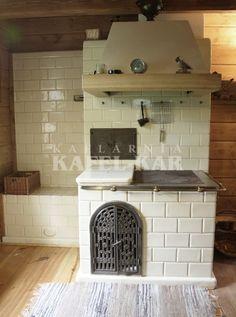Kuchnia kaflowa Scandinavian Home, Farmhouse Kitchen, Wood Stove Cooking, Tiny House Living, Country Kitchen, Rustic Kitchen Design, Home Decor, House Interior, Wood Burning Stove