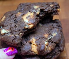 Hugs & CookiesXOXO: CHOCOLATE PUMPKIN KISS COOKIES