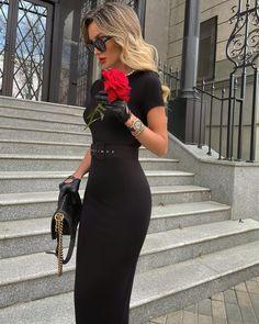 "@victoria_fox0001 on Instagram: ""Little black dress variation🖤❣️ Dress @yanalukacherofficial ✔️"" Elegant Outfit, Classy Dress, Classy Outfits, Stylish Outfits, Fashion Outfits, Classy Clothes, Fashion Ideas, Fashion Inspiration, Black Work Outfit"