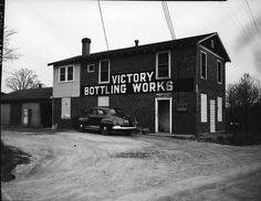 Victory Bottling Works stood at the Southeast corner of Chain Bridge Road (rte. and Sutton Road from 1923 to They produced flavored soft drinks and later beer. The photo is circa Town Of Vienna, Fairfax County, Old Pictures, Victorious, Virginia, Bridge, It Works, Corner, Beer